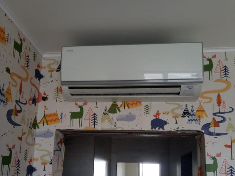 Монтаж мульти сплит системы Hitachi на 3 комнаты в Москве